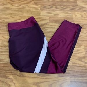 NWT FABLETICS MAROON STRIPPED LEGGINGS